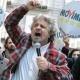 Grillo, l'ipocrisia dell'antipolitica