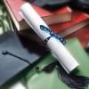 Aumentano le tasse sulle borse di studio